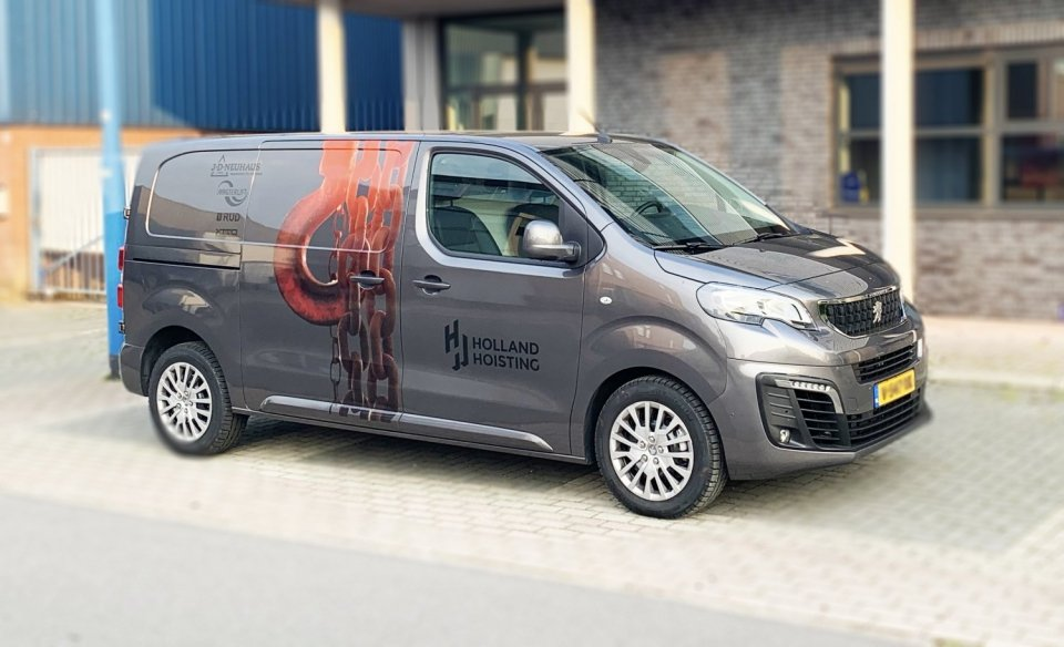 New van from Holland Hoisting